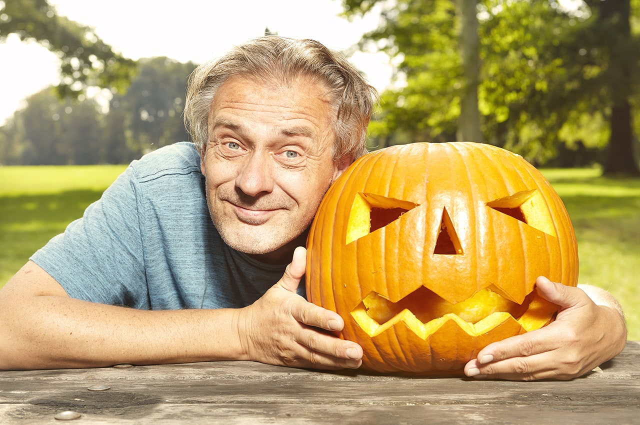 6 Ways to Celebrate Halloween in Assisted Living